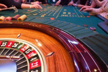 日本で解禁のカジノ開業に向けて、高収入のディーラーライセンスを取得しよう